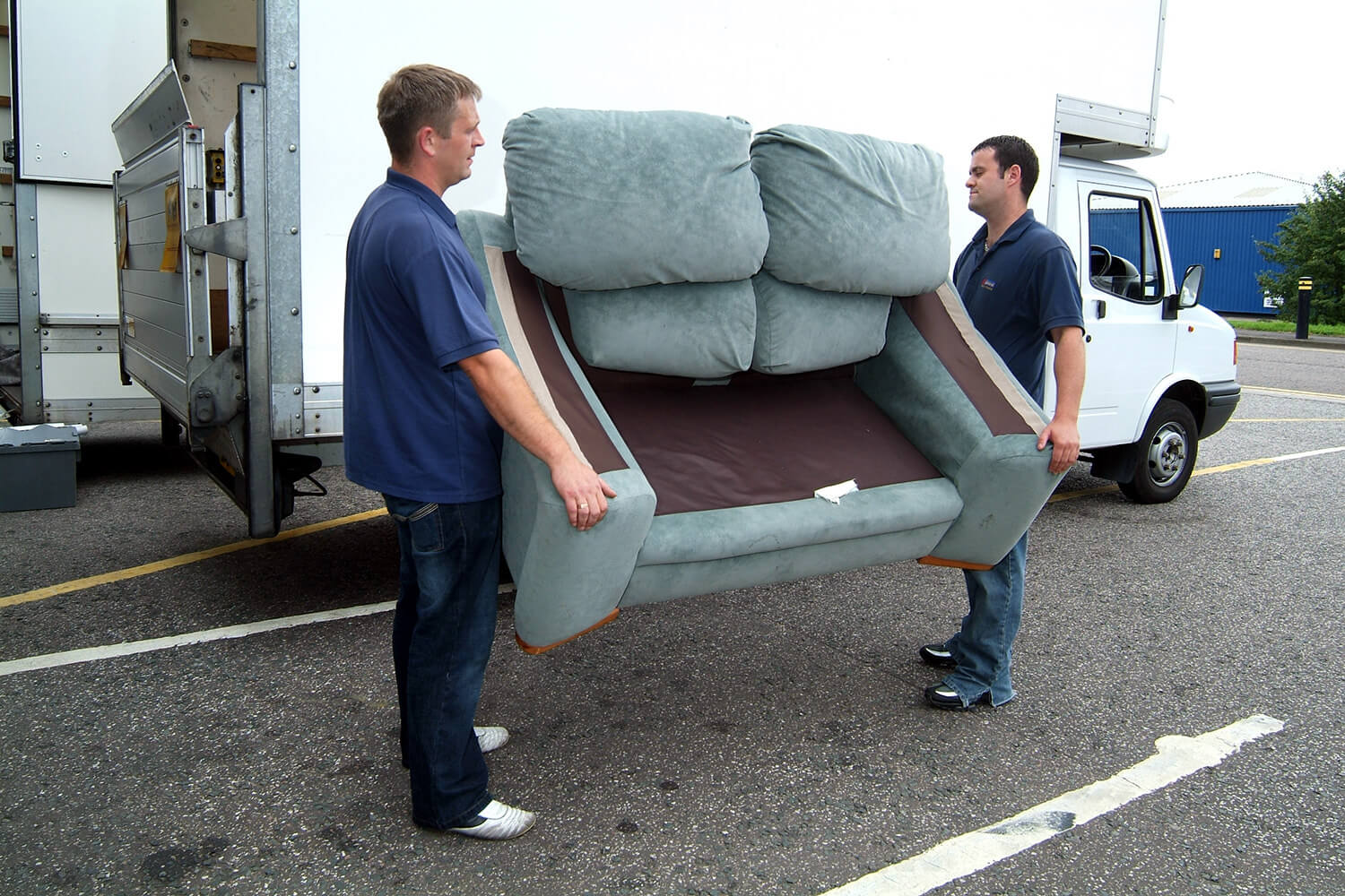 Furniture removal tips that you need to know for Furniture removal
